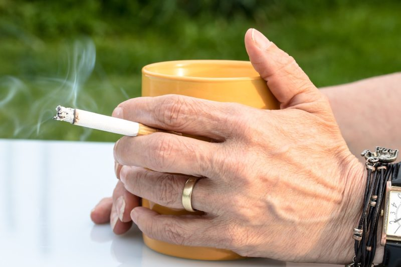煙草とコーヒー