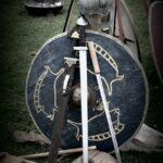 剣、盾、兜