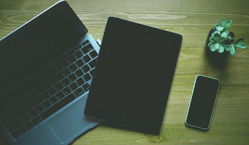 タブレットとスマホ、パソコン